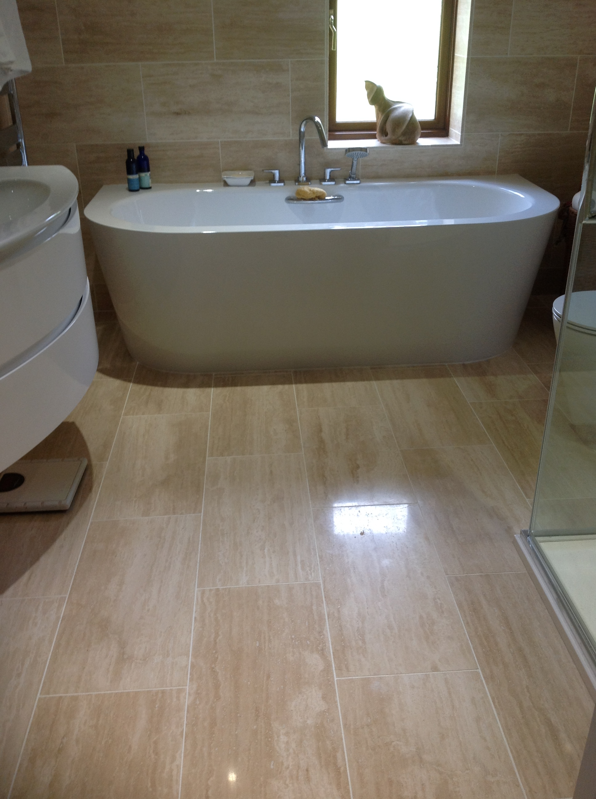 Vein Cut Polished Travertine