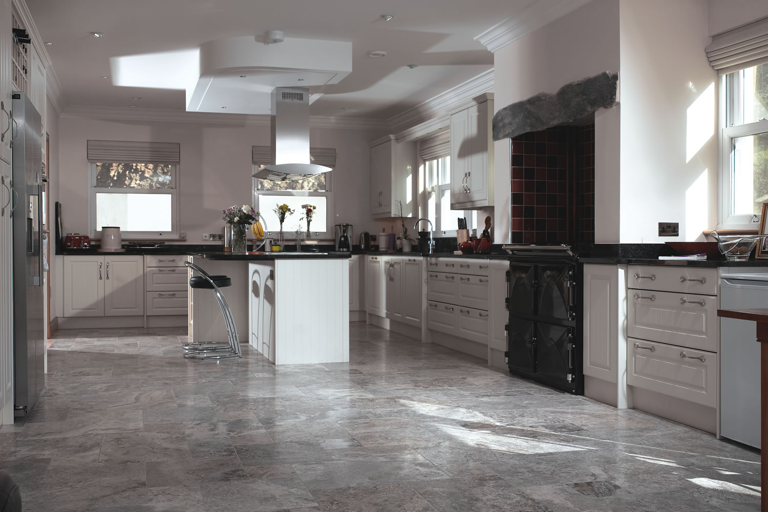 Grange Silver Grey Travertine Somerset Chameleon Stone